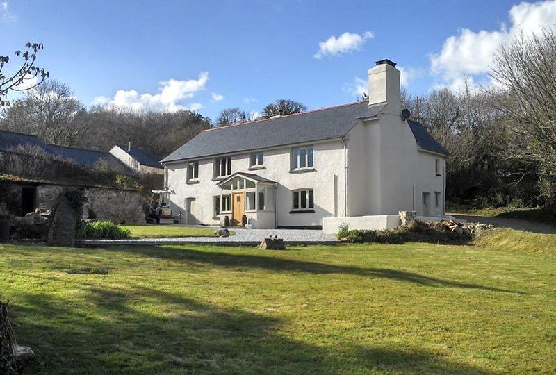 cheston-farm-equestrian-centre-farmhouse-1